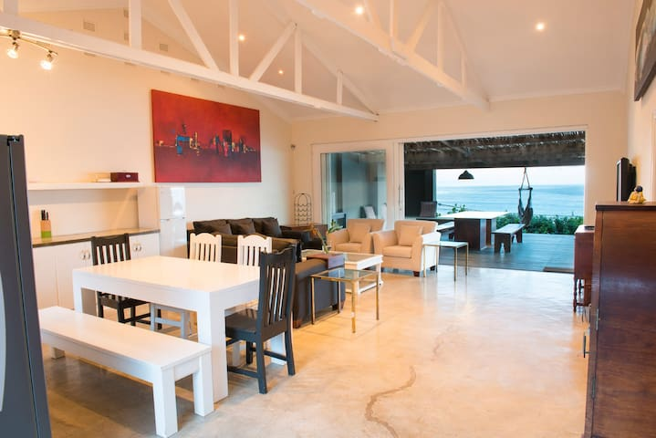 Highrocks Beach House - Umkomaas - Rumah
