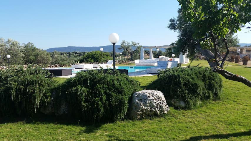 Masseria of the Art with SPA - vacation home - Pezze di Greco - Villa