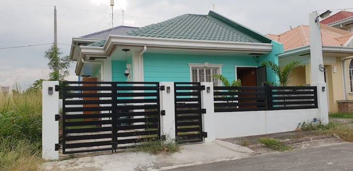 2 bedroom house at gateway business Park cavite