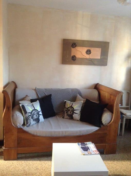 calme et pratique proche du d me apartments for rent in marseille provence alpes c te d 39 azur. Black Bedroom Furniture Sets. Home Design Ideas