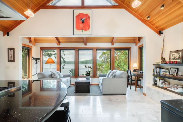 Beach House, an exceptional waterfront retreat