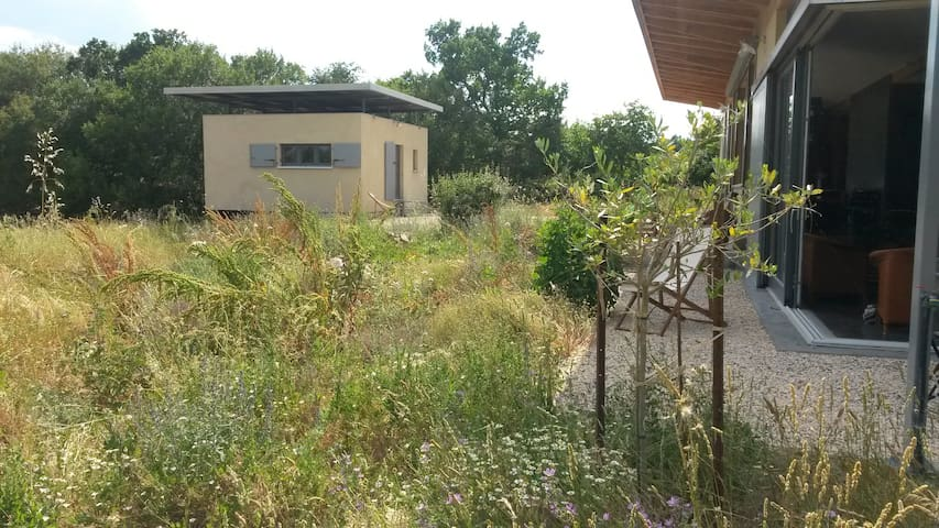 Awardwinning guesthouse in the Gard - Fons-sur-Lussan - Earth House