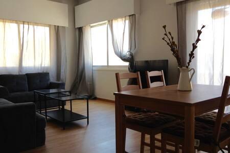3 bedroom apt. Larnaca  city centre - Ларнака - Квартира