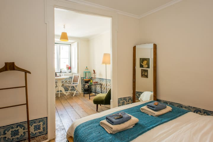 Lovely double room in the HEART of LISBON - Lisboa