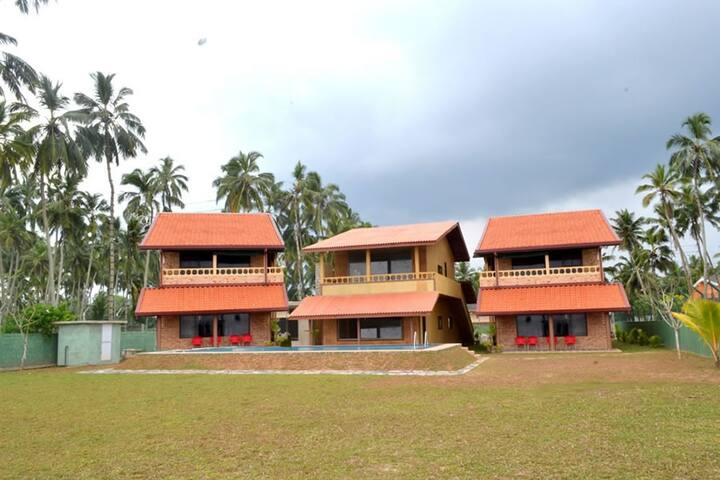 Claremont Lanka