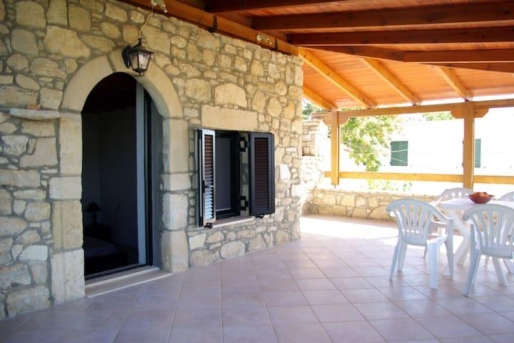 Stonehouse Katerina - Agios Ioannis - Dům
