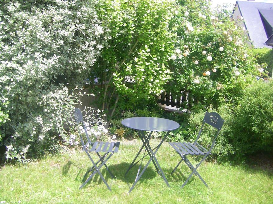 Le petit salon de jardin