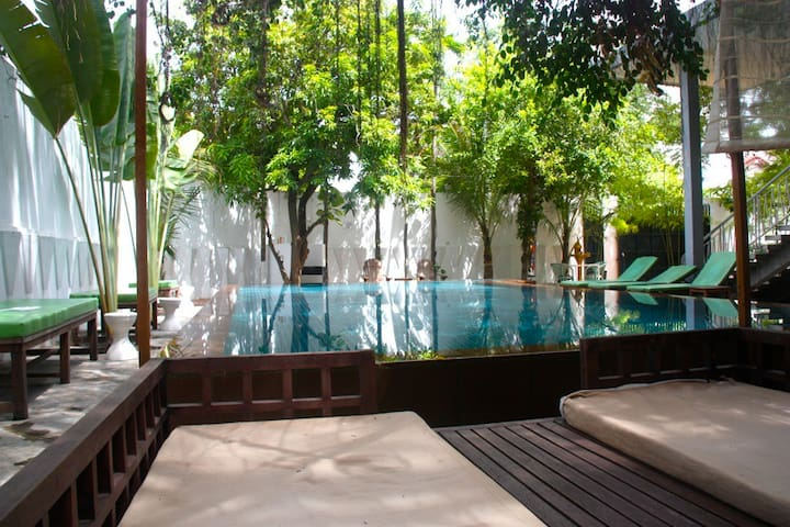 Stay in a Princess's former home - Phnom Penh