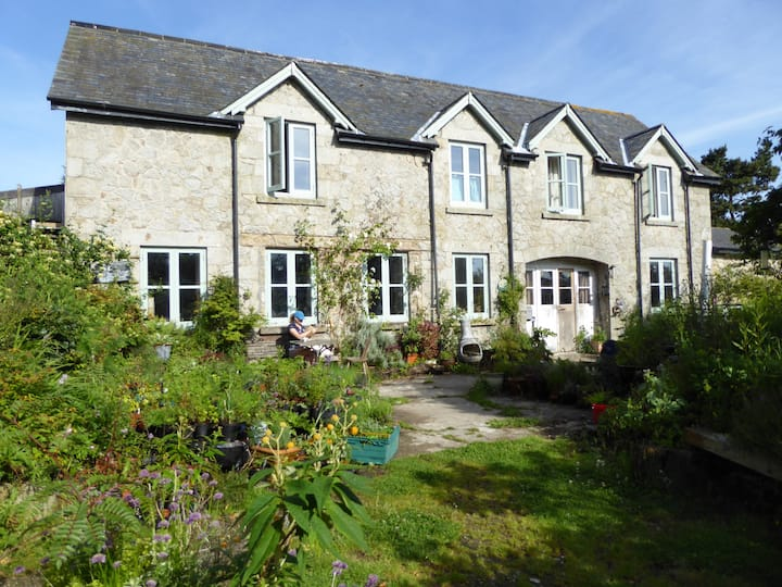Dartmoor Farmhouse Double & Twin en suite, plus