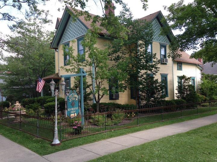 T.C. Smith Historic Inn B&B