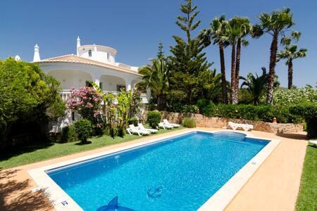 TTA021M - Villa do Monte - Pera - 단독주택