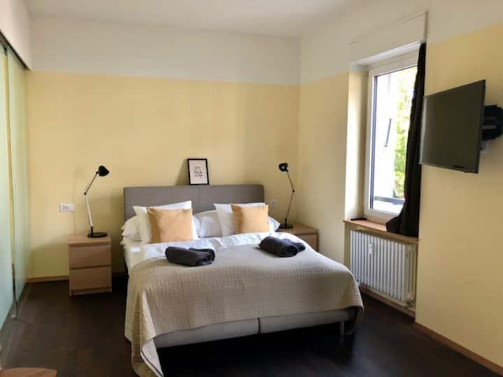 Brandnew studio-suite with balcony
