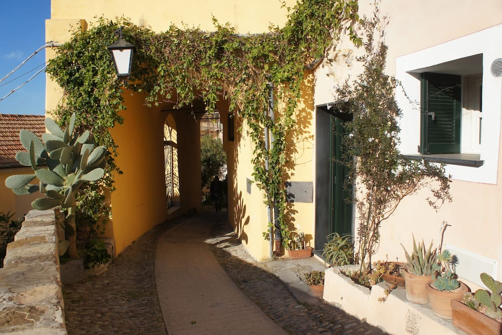 L'ingresso dalla via Matteotti