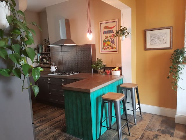 Cork City, Double bed private bathroom