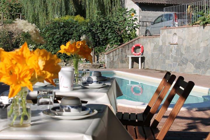 Casa con piscina vicino 5 terre - case lodola - Huis