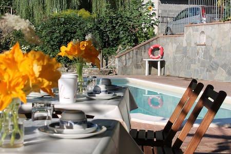 Casa con piscina vicino 5 terre - case lodola - Casa