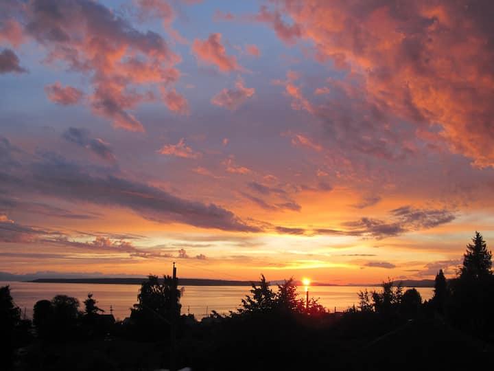 Boxwood Suite:  Sunset Ocean Views