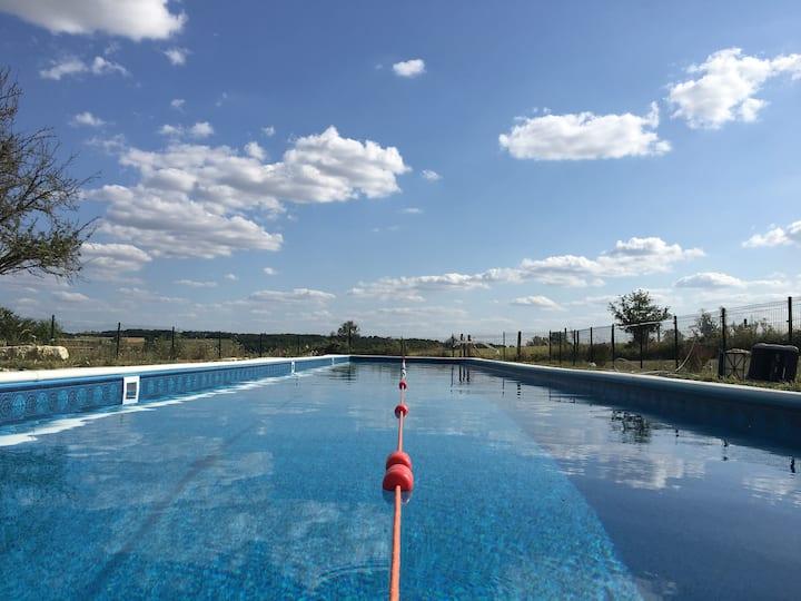 Tournesol, Gites At Civray, 25m swimming pool