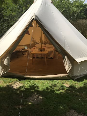 Beautiful peaceful Bell Tent - Dorking