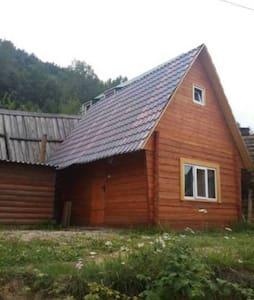 "мини-гостиница ""Домики туриста"""
