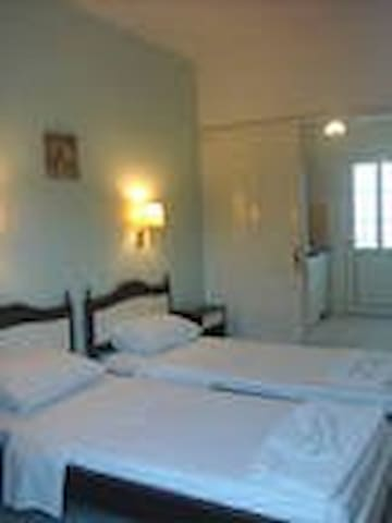 studios in Agios Georgios 300m from the beach NW.
