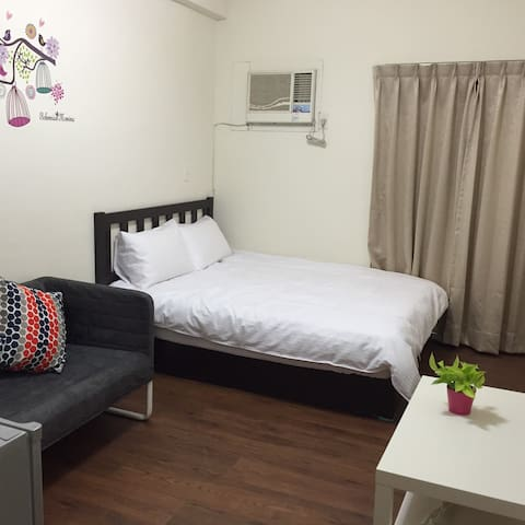 Taichung Newsation168-Room2