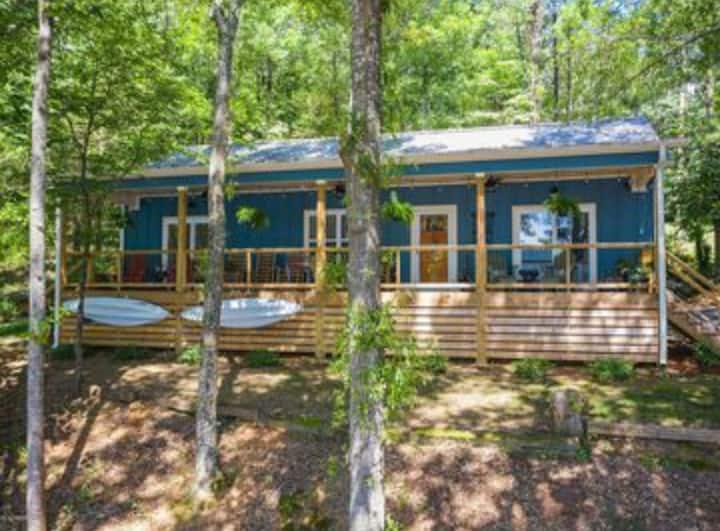 Blue Luna Cabin