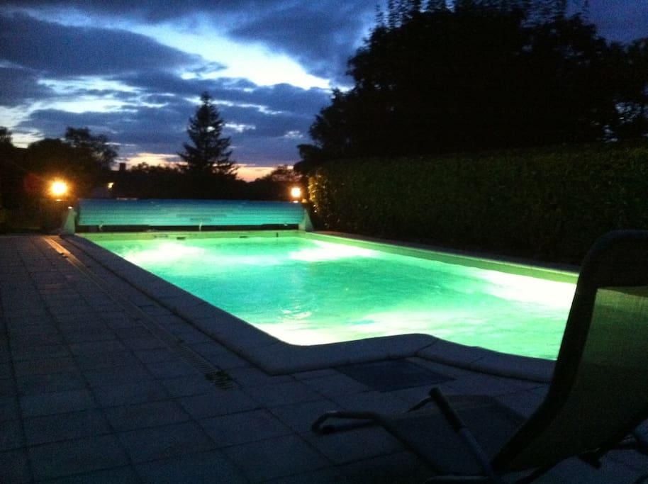Grande long re r nov e avec piscine ville in affitto a for Piscine de villedieu