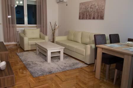 Premium Apartment 20 - Novi Sad - Appartement