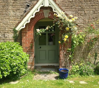 x2 dbl. bedrooms and 1 twin - Witham friary - Bed & Breakfast
