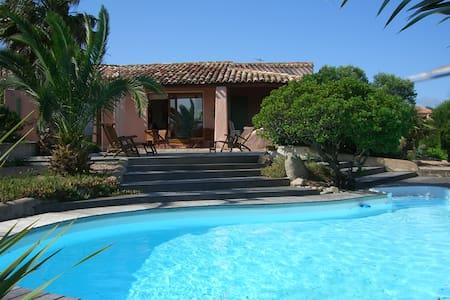 Maison de Charme, piscine vue mer - Bonifacio