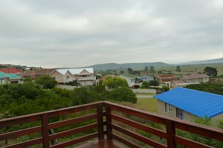 Family accommodation for four - Mossel Bay