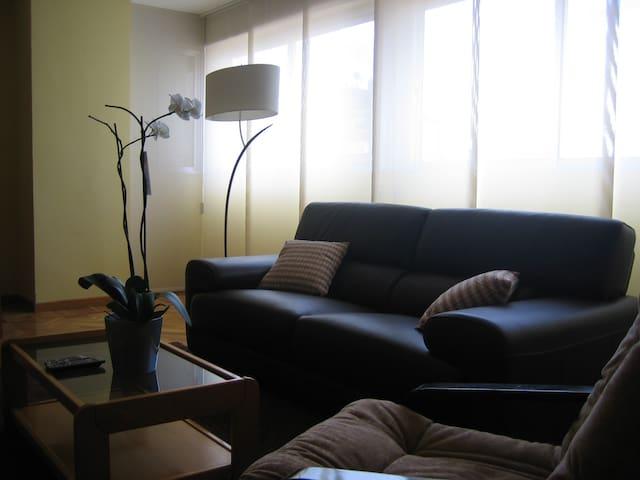 Apartamento  completo y céntrico. Valladolid - Valladolid - Lejlighed