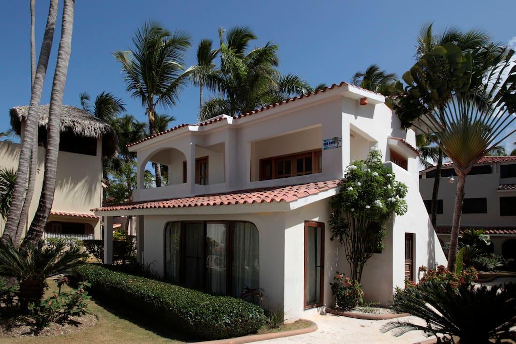 Villa Playa / 2 floors / 2 bedrooms / 2 bathrooms / Ocean View / WIFI / Private Beach
