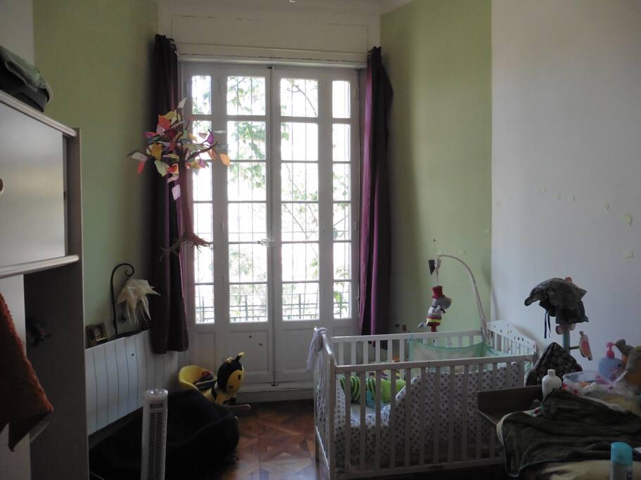 Chambre enfant ou bien adultes