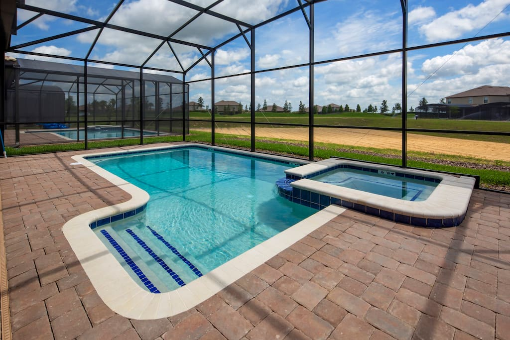 You and your family can make hundreds of happy memories on vacation when you spend time having fun in this crystal clear pool and bubbling spa, or just soaking up the sun on the cushioned deck loungers.
