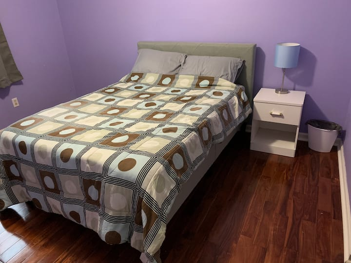 Comfy room in the suburbs