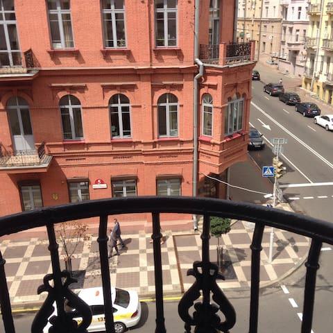 супер центр Маркса 6 с балконом