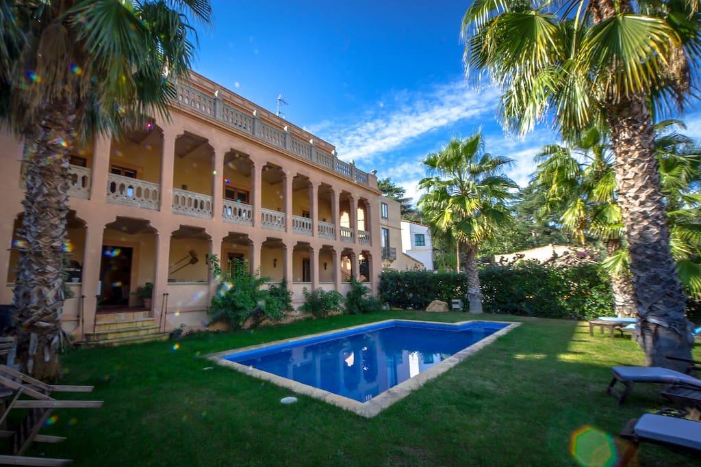 Charming house in cabrera de mar mor hutb 014806 maisons - Piscina cabrera de mar ...