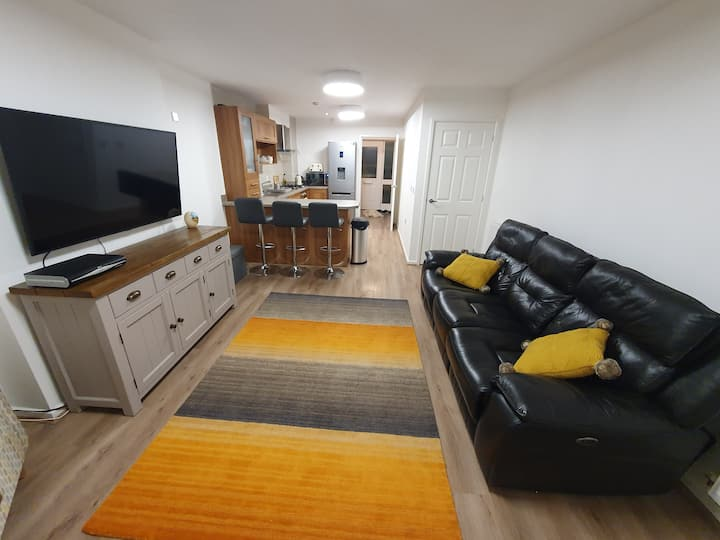 3 Bedroom Townhouse in Walsall