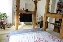 2. Gästezimmer: kleiner Fernseher