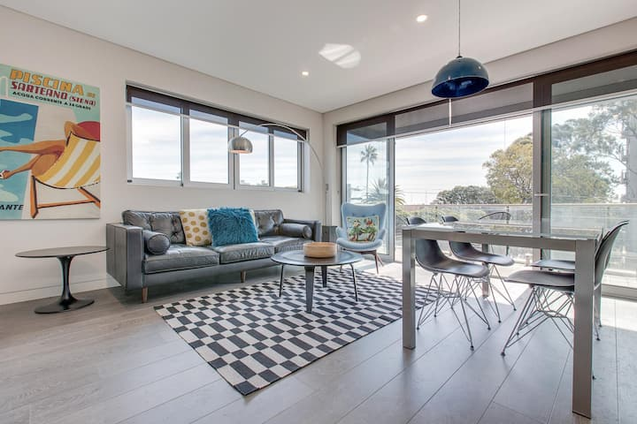 Explore Sydney from a new North Shore apartment