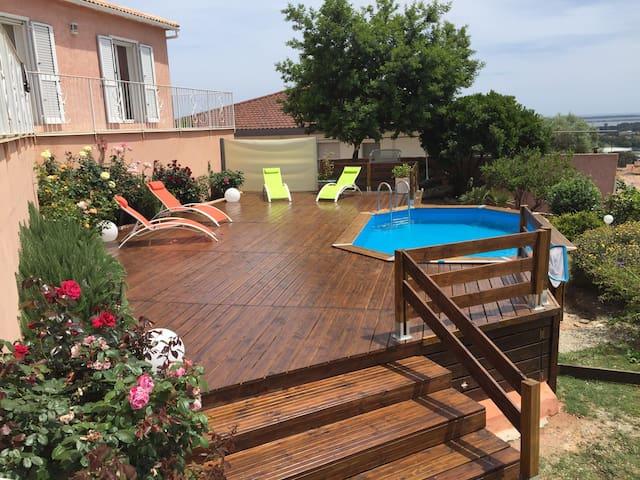 Belle villa avec piscine et vue sur mer! - Furiani - Casa
