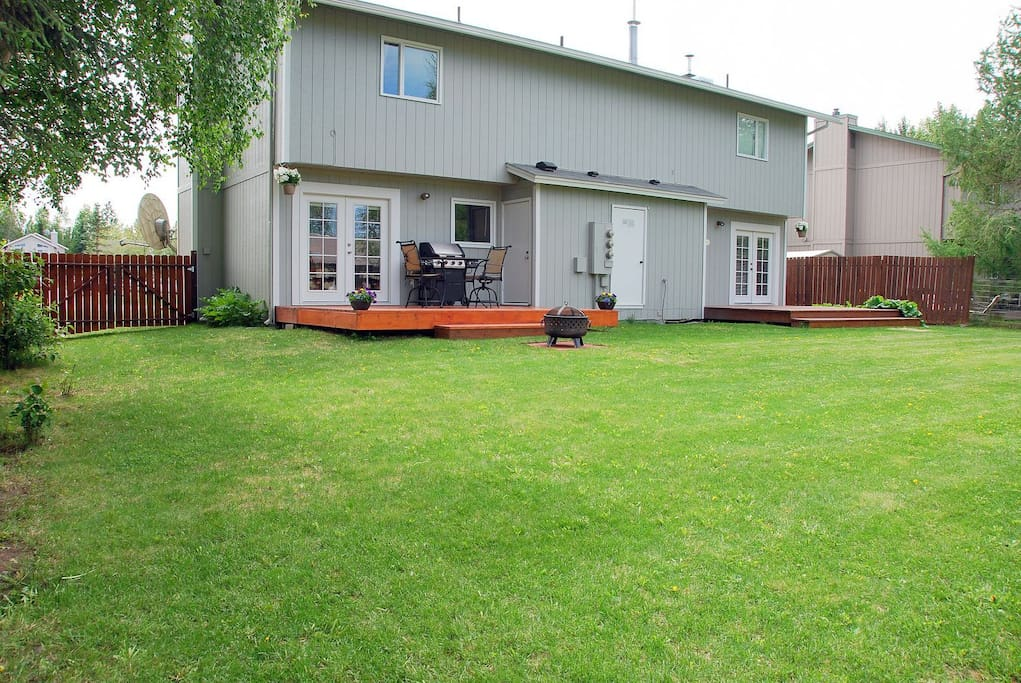 Very large and open backyard area- Your own private deck and fire-pit
