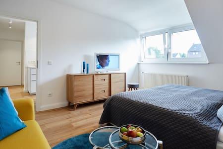 Stilvolles Apartment nahe Düsseldorf - Krefeld - Appartement