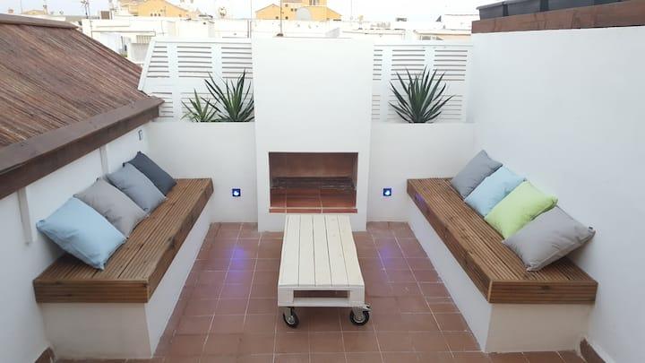 Recién renovado,400m del mar, terraza 21m2,BBQ