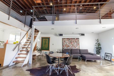 Loft in the Heart of Venice - Los Angeles