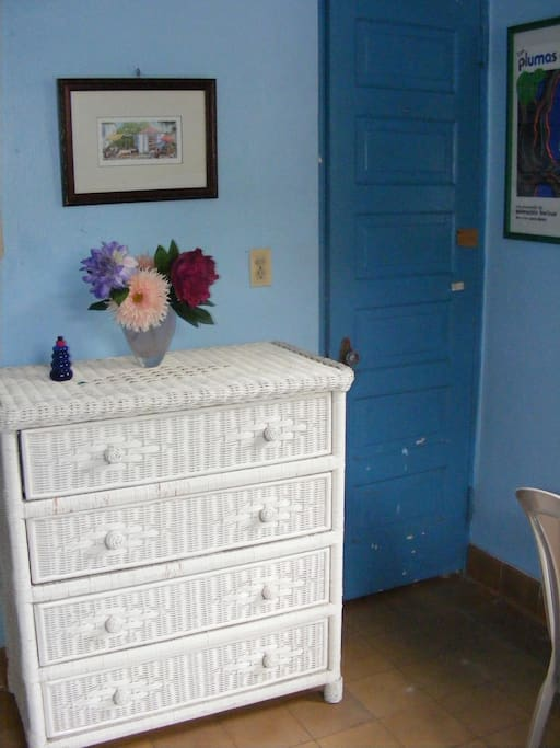 Chest of drawers for clothes