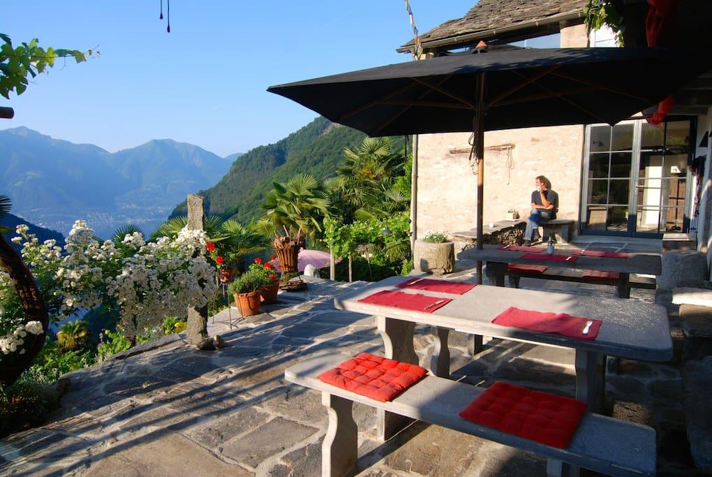 Terrasse mit doppeltem Lagoblick