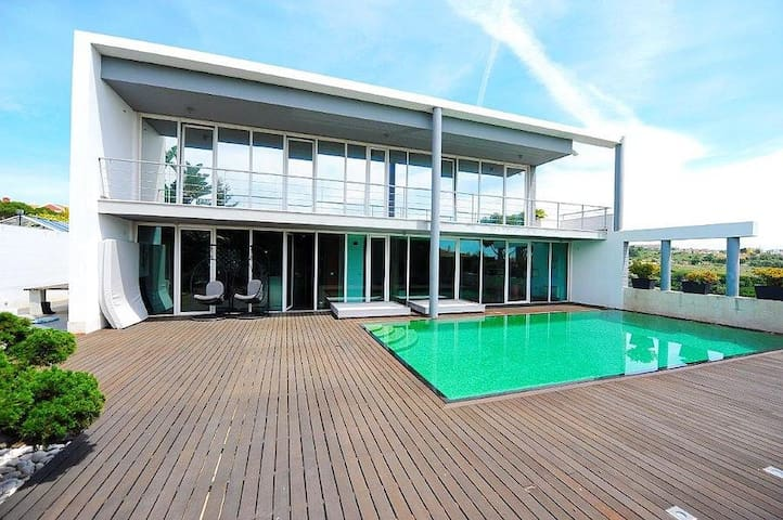 Moradia de luxo perto de Lisboa